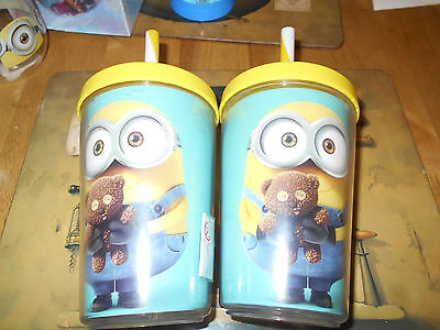 Minions yellow drinks cups with straws new