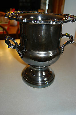 Beautiful Vintage Oneida Silver Plated Wine Champagne Cooler Ice Bucket