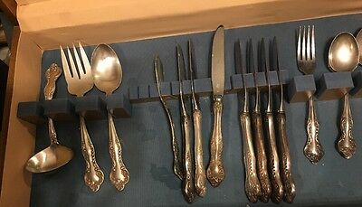 Lot Of 16 Pc - Reed & Barton Wisteria Silverplate Mixed Flatware