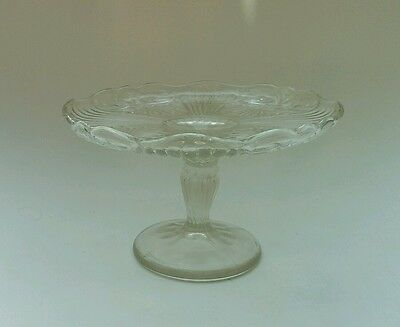 Vintage Shabby Chic Pedestal Glass Cake Stand Cup Cakes Tea Xmas Party