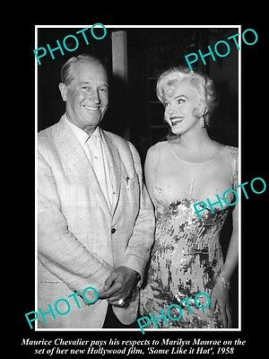 OLD LARGE HISTORIC PHOTO OF MARILYN MONROE & MAURICE CHEVALIER ON SET c1958