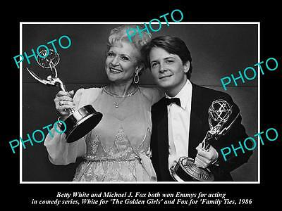 Old Large Historic Photo Of Betty White & Michael J Fox Golden Girls Family Ties