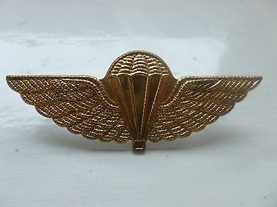 Unknown Cap  Badge   Reproduction