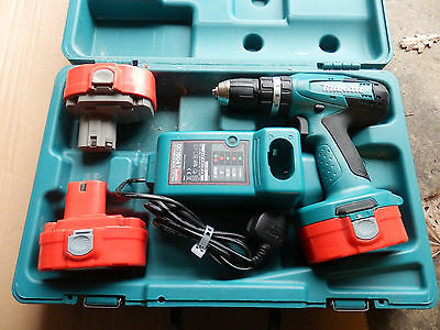 MAKITA 8391D 18V CORDLESS HAMMER DRILL DRIVER, 2X Nearly NEW Batteries 1xVG Bat