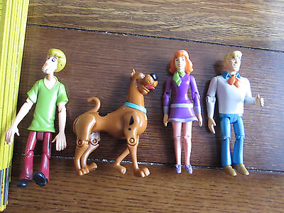 4 Scooby Doo Action Figures - Scooby, Shaggy, Fred & Daphne (missing Velma)