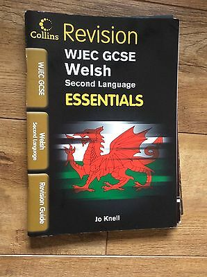 WJEC GCSE Welsh revision. ESSENTIALS by Collins