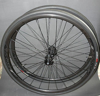 Specialized Axis 4.0 SCS Thru Axle Disc Wheelset & Specialized Roubaix Pro Tyres