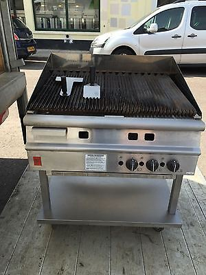 Falcon Dominator Plus G3925 Radiant Gas Chargrill on Stand
