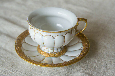 Antique Meissen Gold Baroque, Ribbed 24 Karat Gold and White Cup and Saucer