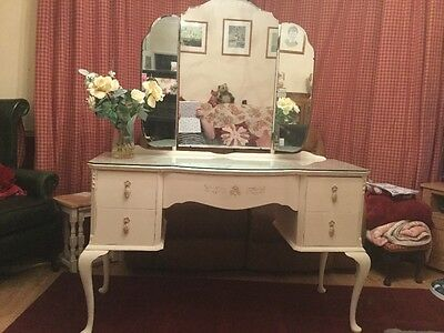 elegent french style dressing table with triple mirror, 5 drawers and glass top