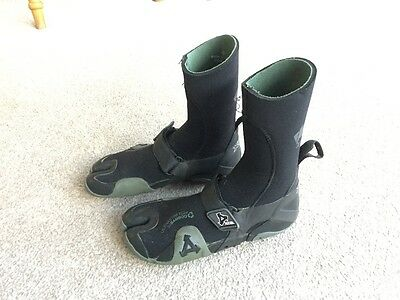 Wetsuit 5mm Boots Excel Size 4 Warm Winter Boots - Named Brand