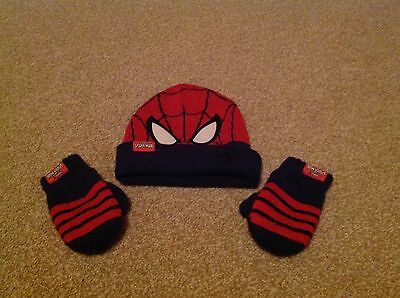 Spiderman winter hat and mittens age 2-3