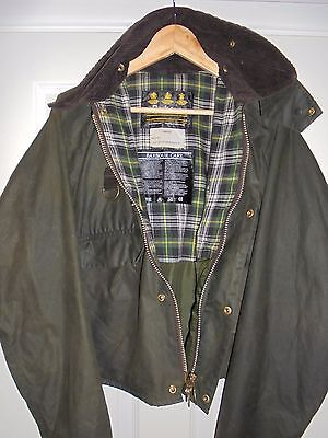 MENS GREEN BARBOUR WAX COTTON JACKET,  Spey Style  LARGE,  V GOOD CONDITION