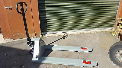 new standard pallet truck tandem load wheel 3000kg lift capacity