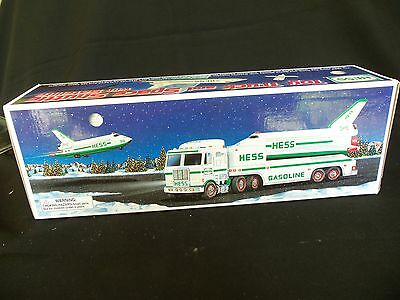 1999 Hess Toy Truck & Space Shuttle W/Satelite New in Box