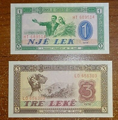 World Currency Albania (2) Notes Crisp Uncirculated !!!!