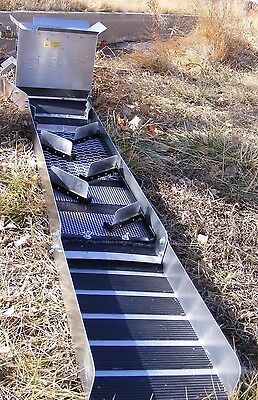 "Monster Super - V- 10 "" Sluice Box with Gold Miser Water Box (New for 2015 )"