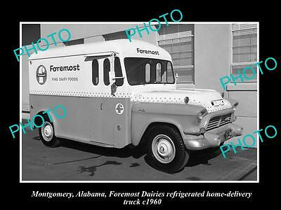 OLD LARGE HISTORIC PHOTO OF MONTGOMERY ALABAMA, THE FOREMOST DAIRY TRUCK c1960 2