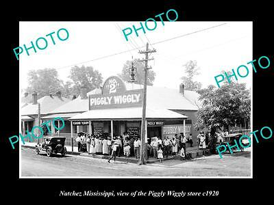 OLD LARGE HISTORIC PHOTO OF NATCHEZ MISSISSIPPI, THE PIGGLY WIGGLY STORE c1920