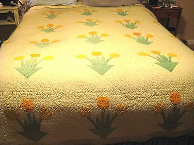 "BEAUTIFUL 1930 Vintage FEEDSACK Tulip Bouquet  Applique Antique Quilt 80"" X 84"""