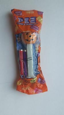Jack O' Lantern Pumpkin Pez Dispenser -- Glowing Stem -- Halloween