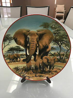 """Elephant Collector Plate"" World Wildlife Fund HeinrichVilleroy&Boch Germany VIC"