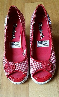 Skechers Ladies Shoes Checkered Red An White