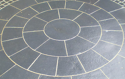 Natural stone Circle Patio Paving Kit 2.4mx2.4m -Black Limestone -FREE DELIVERY*