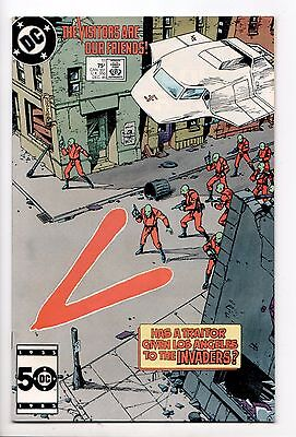V #11 - The Visitors are Our Friends (DC, 1985) - VF/NM