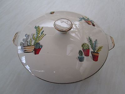 Alfred Meakin lidded tureen in the cactus pattern