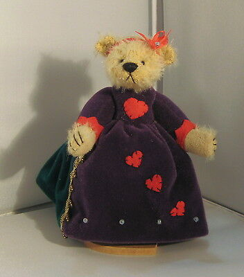 Deb Canham Miniature Bear- Queen of Hearts #340/2500