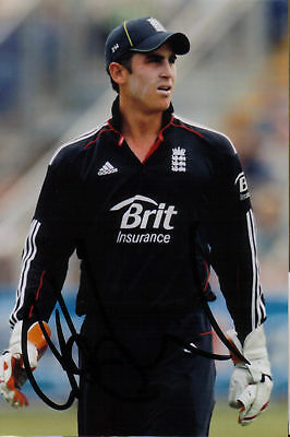 ENGLAND: CRAIG KIESWETTER SIGNED 6x4 ODI ACTION PHOTO