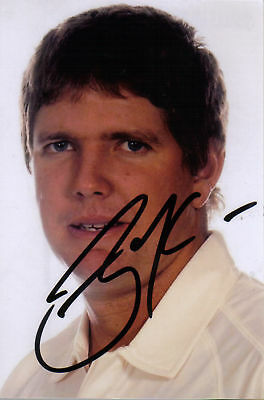 AUSTRALIA: JAMES HOPES SIGNED 6x4 PORTRAIT PHOTO