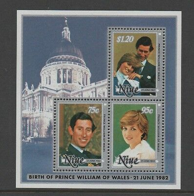 NIUE 1982 BIRTH OF PRINCE WILLIAM OF WALES (1st issue) MIN SHEET *MNH*