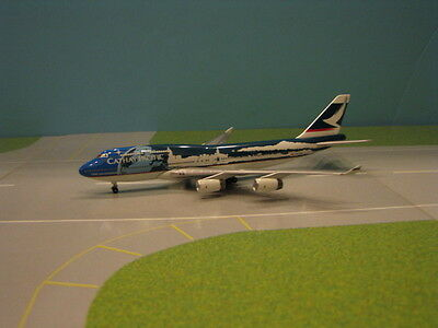 """Magic Models Cathay Pacific """"new Millenium"""" 747-400 1:400 Scale"""