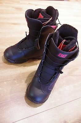 NEW DC Avour Women's 2014 Snowboard Boots Size 5 UK Black