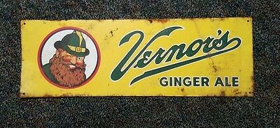 GNOME GRAPHICS ~ NEAR MINT 1960s Vintage VERNOR'S GINGER ALE Old Tin Sign