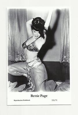 (N90) Glamour Bettie Page Swiftsure (333/71) Photo Postcard Film Star Pin Up