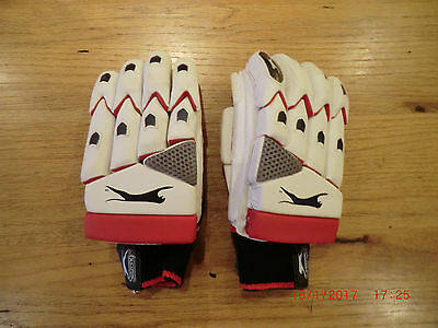 Slazenger Xtreme Cricket Batting Gloves Leather Right Handed Youths