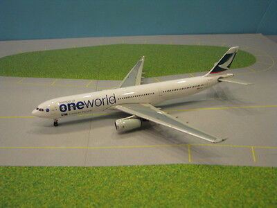 """Cathay Pacific """"one World"""" A330-300 1:400 Scale Diecast Metal"""
