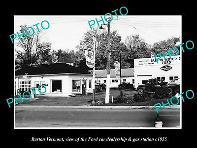 OLD LARGE HISTORIC PHOTO OF BARTON VERMONT, THE FORD GARAGE & GAS STATION c1955