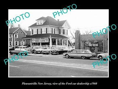 OLD LARGE HISTORIC PHOTO OF PLEASANTVILLE NEW JERSEY FORD CAR DEALERSHIP c1960