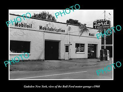 OLD LARGE HISTORIC PHOTO OF GADSDEN NEW YORK, THE BALL FORD MOTOR GARAGE c1960
