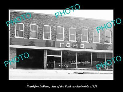 OLD LARGE HISTORIC PHOTO OF FRANKFORT INDIANA, THE FORD CAR DEALERSHIP c1955
