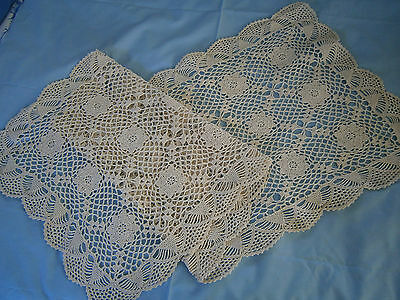 Antique Hand Made Crochet Lace Table Runner Doilies. In Good Condition..# 4