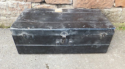 VINTAGE Metal TIN Trunk STEAMER Chest STORAGE Box SUITCASE DECORATIVE Prop
