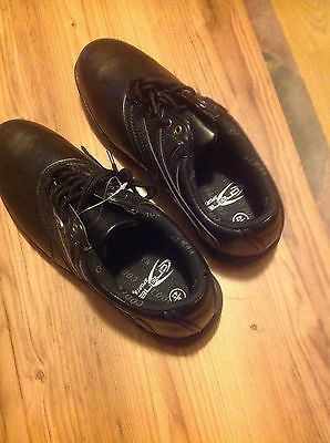 Brand New Golf Shoes Size 8 ( 42 )