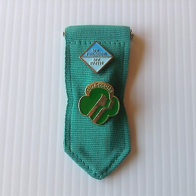 Girl Scouts Daisies My Promise My Faith and Membership Pins