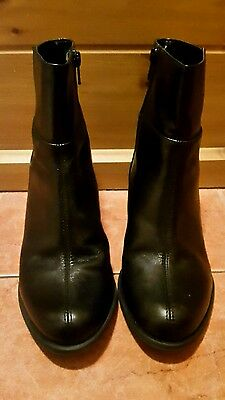 Clarks Ladies Black Leather Ankle Boots Size Uk 5D