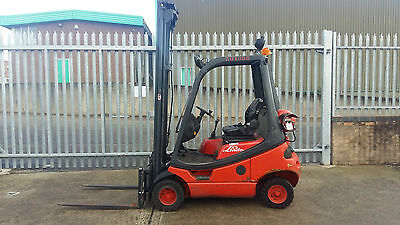 Linde H18T GAS/LPG Counterbalance forklift truck.